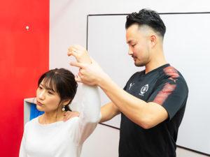 肩の柔軟性の検査